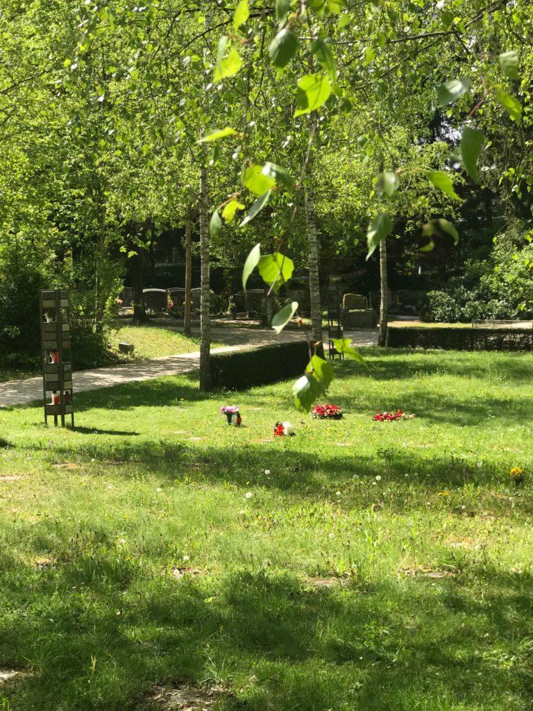 Anonymes Grab auf dem Friedhof