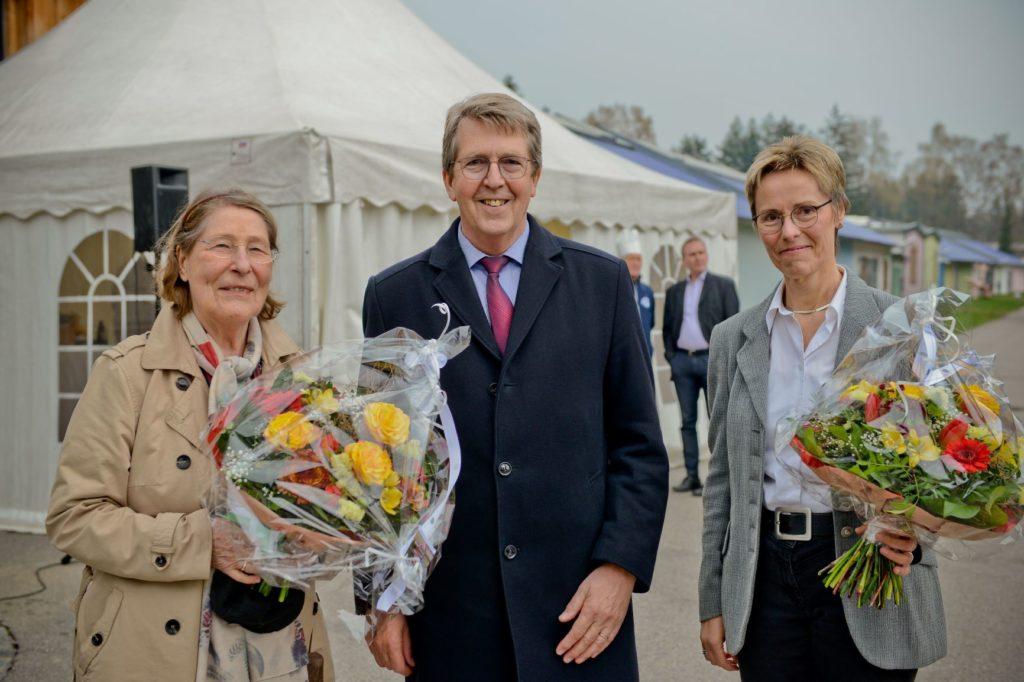 Kunststifterin Heike Friedrich, Bürgermeister Klaus Ritter und Direktorin DASMAXIMUM Dr. Birgit Löffler