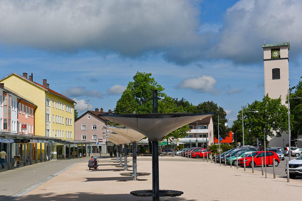 Traunreut Rathausplatz Geschäfte Einzelhandel