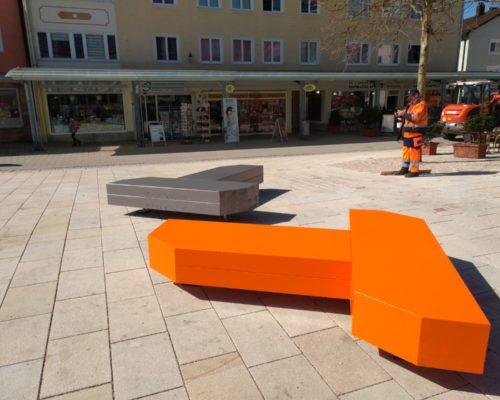 Sitzmöbel am Rathausplatz