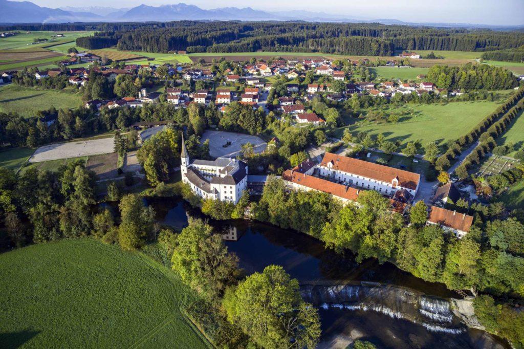 Schloss Pertenstein von oben