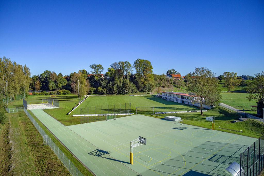 Fußballplatz TSV Traunwalchen, Schulsportanlage Traunreut