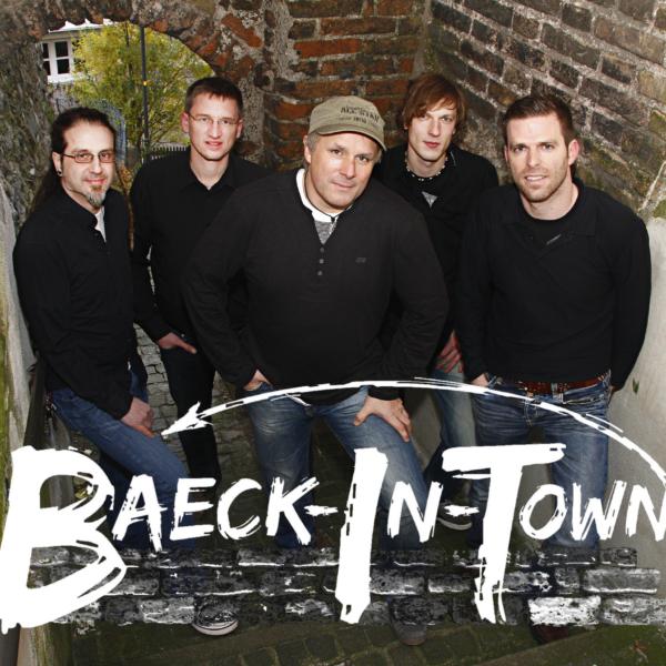 """Rockiger Weihnachtsmarktausklang mit der Band """"Baeck in Town"""""""