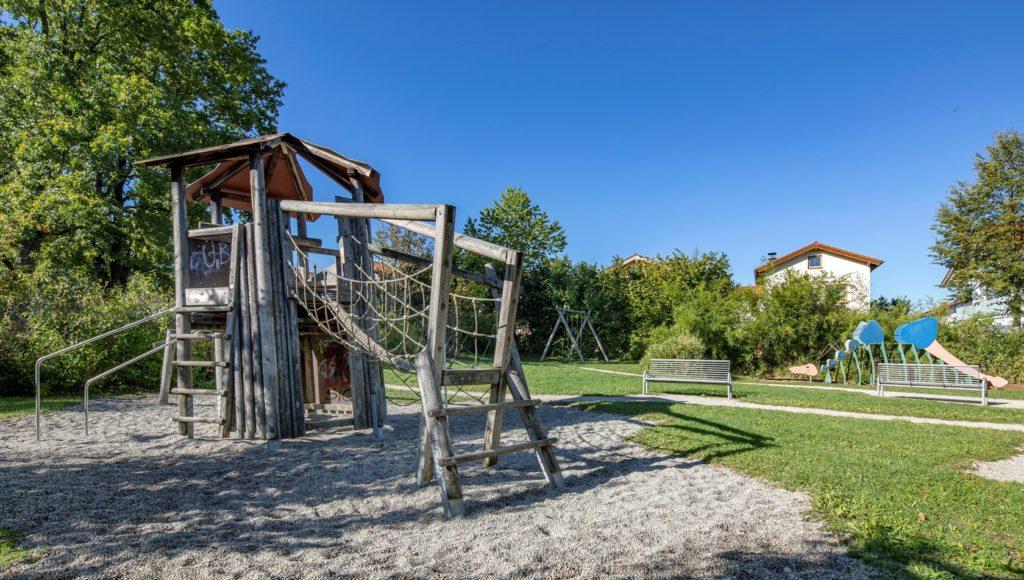 Kinderspielplatz Traunreut, Anton-Bruckner-Weg