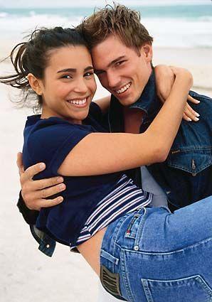 Ist eine glückliche Beziehung Glücksache? Was jeder über Beziehung wissen sollte