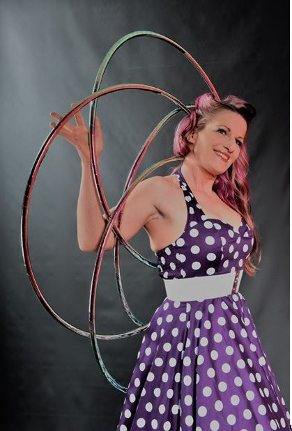 Hula Hoop-Dance