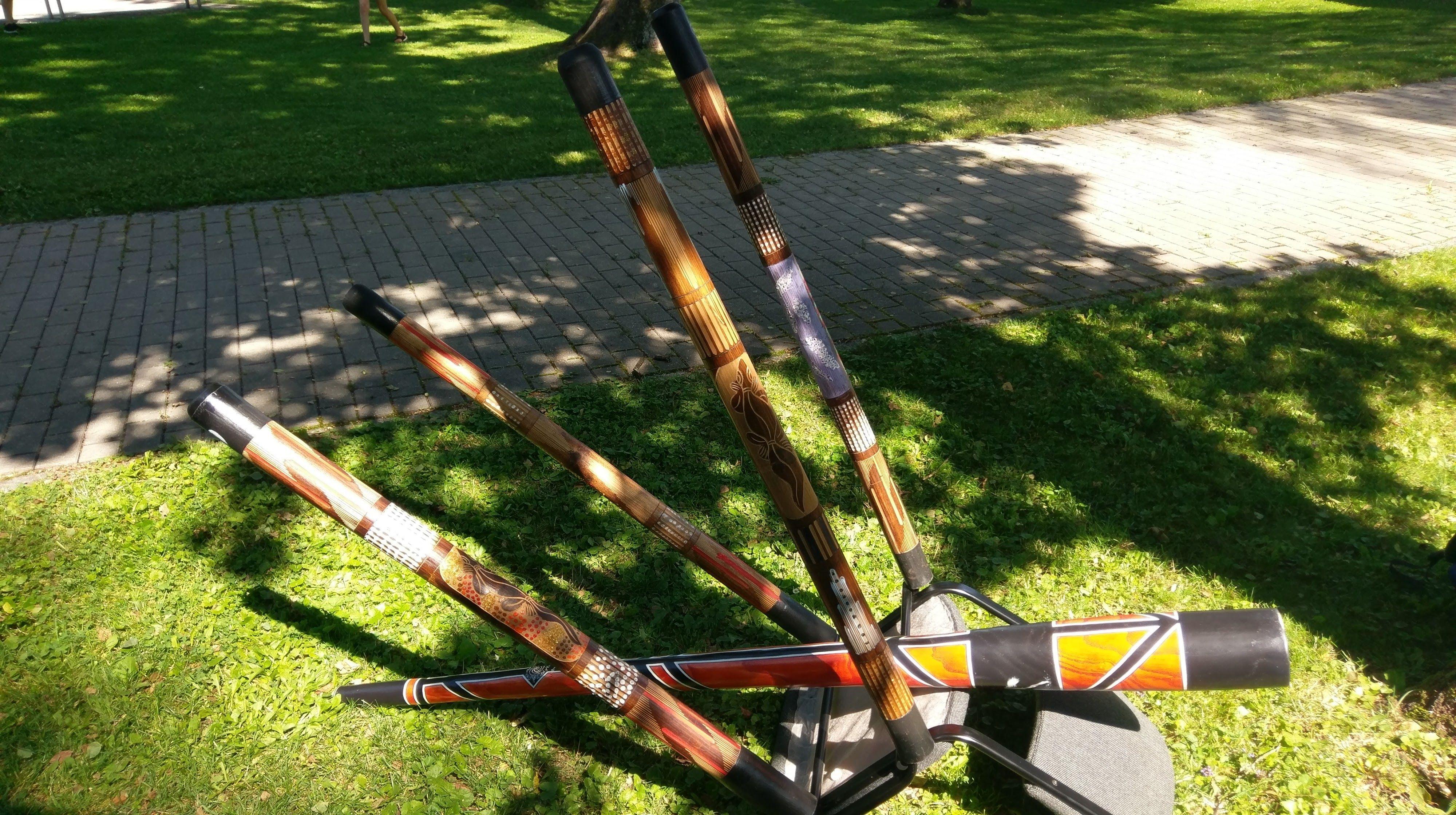 Didgeridoo bemalen und spielen (7 bis 11 Jahre)