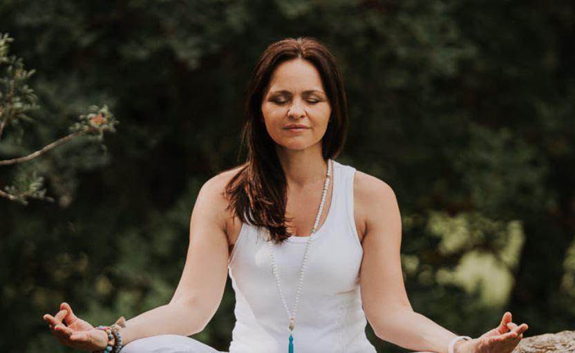 """Beauty Yoga """"die Essenz des Frau Seins"""""""